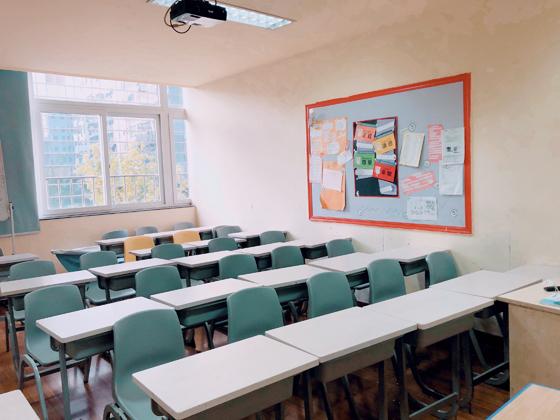 http://cdn.pxschool.pxjy.com/qiniuyun/20181114/15421642503333.jpg