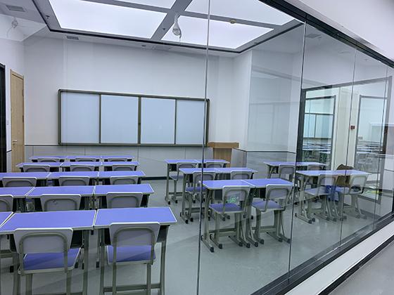 http://cdn.pxschool.pxjy.com/qiniuyun/20210302/16146567994904.jpg